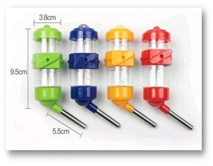 מתקן שתייה עם חבק פלסטיק ניתן לתלייה 80 מל' צבעוני